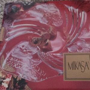 Mikasa glass holiday candy dish new in box